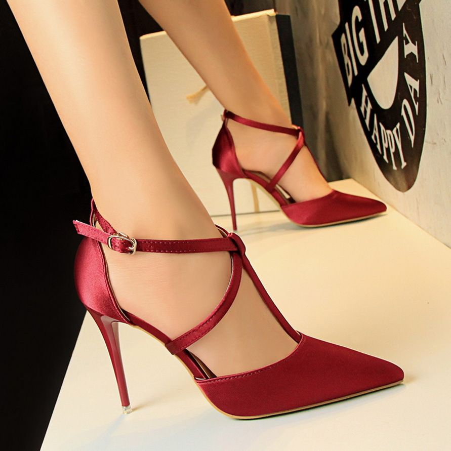 2017 NEW Summer women shoes Korean simple exquisite with high heels silk thin mouth pointed cross sexy nightclub thin sandals 2015 autumn korean style pointed shoes with thin heels original glass double peach heart design shoes leather shoes