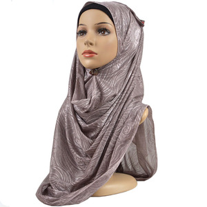 Image 2 - Feminino elástico liso algodão flor hijab cachecol elástico muçulmano hijab headwear envoltórios macio confortável xales atacado 10 pçs/lote