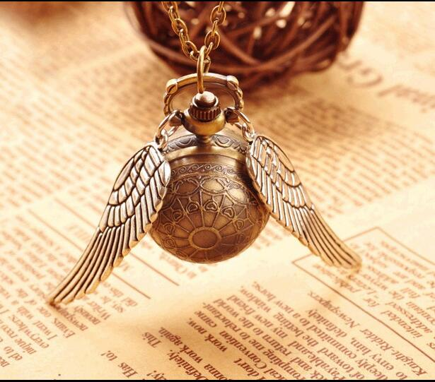 Vintage Bronze Small Mini Harry Potter Snitch Ball Pocket Watch Necklace Chain Pendant Wings Quartz Watch Pocket Gifts