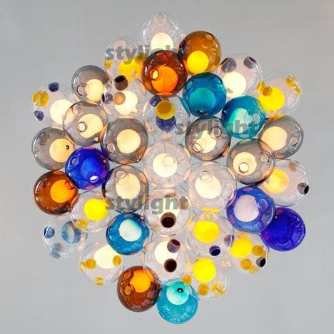 Diameter 15 cm, 39 heads kroonluchter van kleurrijke glazen bollen ...