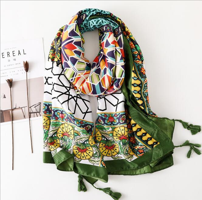 Vintage Fruit green refreshing wild travel photo scarf Women geometric contrast color retro style tassel