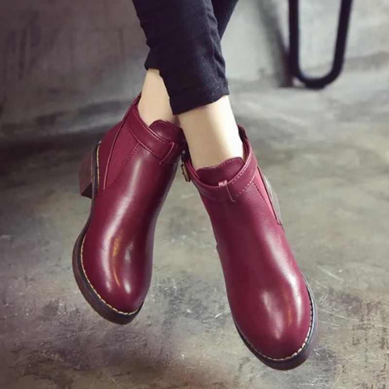 LASPERAL Vrouwen Enkellaars Rode 2018 Herfst Vrouwelijke Schoenen Vrouw Platte Mode Platform Ronde Neus Gesp Comfortabele Schoenen