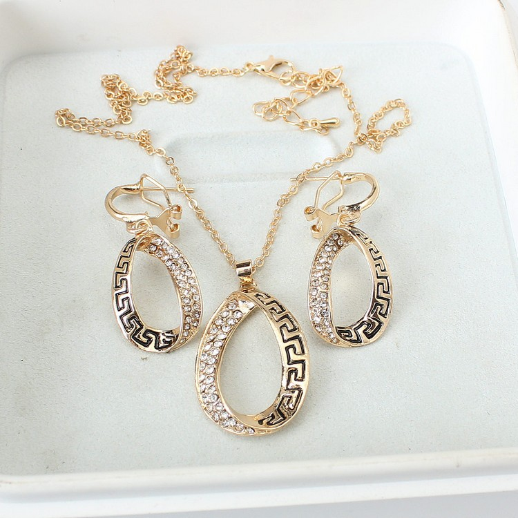 2018 SOBUY women lol Fashion style atmospheres necklace earrings set two sets befree gift