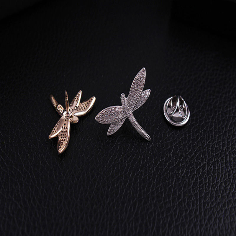Купить с кэшбэком Fashion Bling Bling Cubic Zirconia Pave Setting Small Dragonfly Shaped Brooch Pins for Shirt Collar Buckle Women's  Accessaries