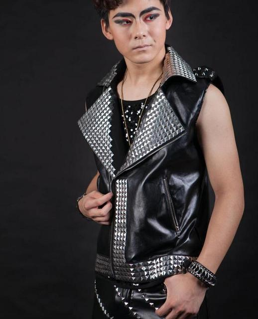Черный этап Певица рок Мотоцикл Заклепки мужчины жилет без рукавов мужчин бодибилдинг одежда рубашки моды майка Настраиваемый