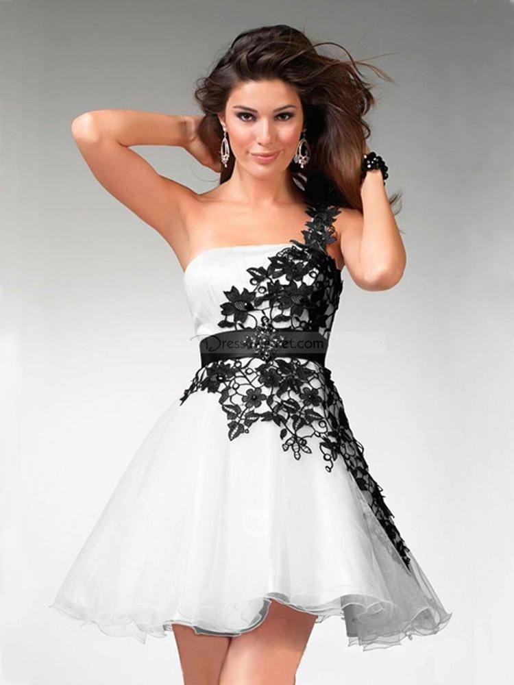 2016 Black and White Lace Prom Dresses One