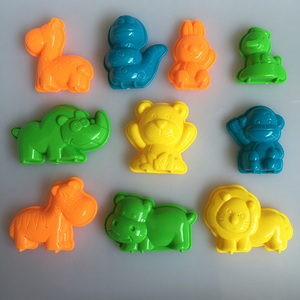 10 PCS Animals Sand Clay Tool Beach Toys Novelty Pyramid Mold Building Model For Kids Children Baby Out Fun Toys on Holiday G51