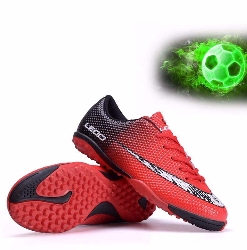 Football Boots Soccer Shoes Kids AG HG TF botas de futbol New Superfly Cleats Athletic Trainers Sneakers voetbalschoenen voetbal 4