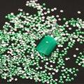 Aprox. 1000 unids/bolsa 2mm Resina Nail Rhinestones Del Arte Del Clavo Microperlas Piedras Mini Rhinestones Del Clavo de la Manicura Decoraciones Z015E