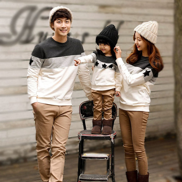 Family Look Fashion Mother Father Baby Cotton Mommy and Me Clothes Family Clothing Embroidery Star Family Matching Outfits
