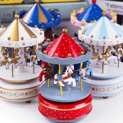Merry Go Round drewniana pozytywka Decor karuzela koń pozytywka świąteczny prezent na ślub/urodziny dzieci zabawki dla dzieci Home Decoration w Pozytywki od Dom i ogród na