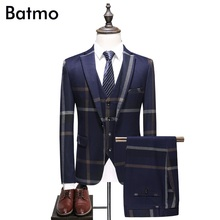 Batmo 2018 new arrival high quality plaid Single Breasted navy blue casual suits men,men's wedding dress,plus-size S-5XL 6130