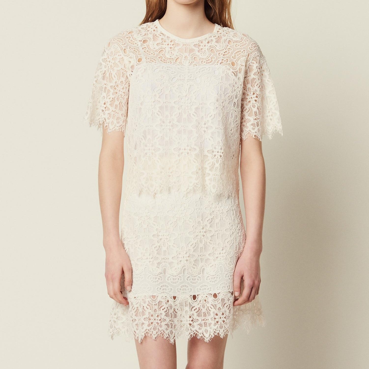 Femmes blanc couverture en dentelle 2019 printemps et été couleur unie droite évider dentelle chemise col rond femme T-shirt