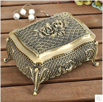 European style creative Rose alloy ring box jewelry box vintage metal jewelry display box gift box