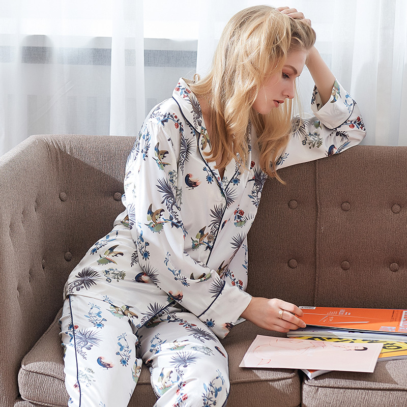 CherLemon Premium Satin Floral Plant Print Pajama Set Womens Long Sleeve  Notch Collar Nightwear Ladies Silk Pyjamas Sleepwear-in Pajama Sets from  Underwear ... a9b0c0148