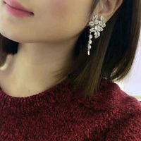 Qi Xuan_Trendy Jewelry_New Maple Leaf Earring S925 Silver Inlay Zircon Elegant And Irregular Irregular_Factory Direct Sales