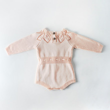 купить Baby Girls Knitting Romper Knitted Baby Romper Overalls Clothes Newborn Baby Girl Clothes Fashion Boys Girls Sweater Rompers по цене 885.13 рублей