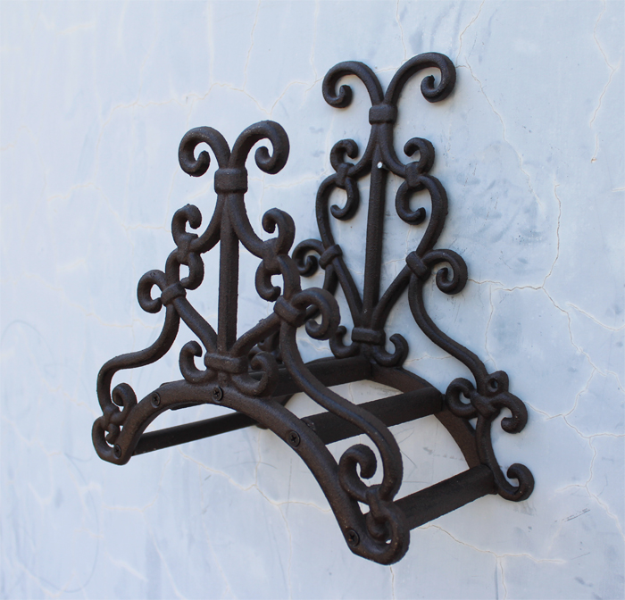 Wrought Iron New Garden Hose Rack Holder Scrowl Outdoor
