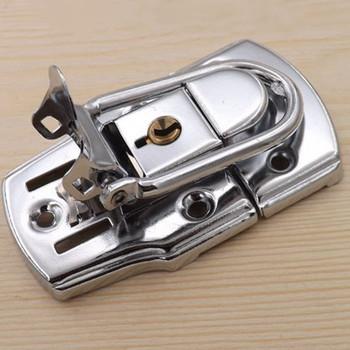 Wysokiej jakości chromowany zamknięcia dociągające kłódka z kluczem metalowy zamek klamra do skrzynki narzędziowej walizka narzędziowa tanie i dobre opinie Halojaju Obróbka metali lyh-432 Toggle Latch lock Toolbox buckle Door lock bolt Hardware doors and windows accessories