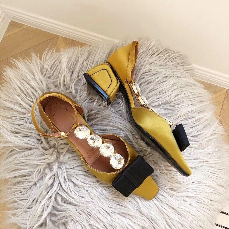 Chaussures femmes 2019 été printemps creux bout pointu femmes pompes talons hauts femmes chaussures