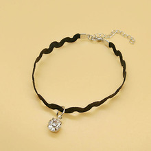 Retro Wave Lace Charming Shining Rhinestone Anklet