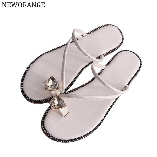 NEWORANGE 2017 Rhinestone Women Beach Flip Flops Fashion Toe Ring Women Sandals Slippers Slip On Casual Flat Shoes WSS751