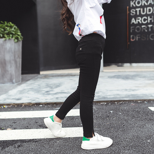 In the autumn of 2017 new children's children in child Korean girls Pants Black Stretch pencil pants pants