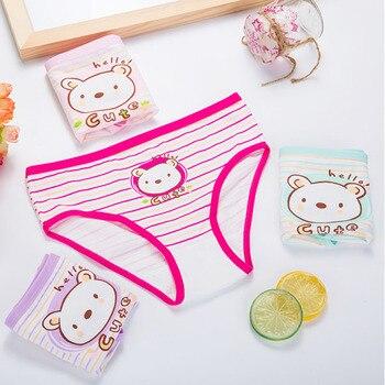 1aad51ffe528 4 piunids/lote bragas de algodón para niñas lindos dibujos animados niños  calzoncillos de gato ropa interior femenina de encaje Calcinha Panty bebé  ...