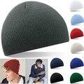 Nuevos Sombreros de Invierno Moda Mujeres Y Hombres Sombreros de Lana de Punto Tiras de Color sólido Caps Mujer Caliente Skullies Gorros Casual Unisex Cap