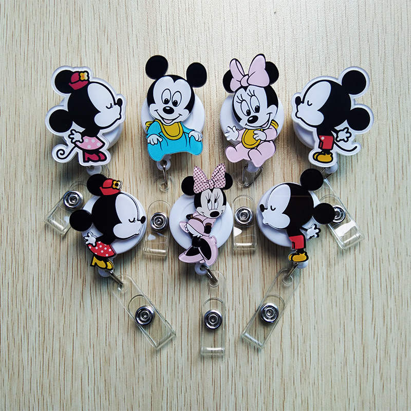7Pcs/lot Acrylic Cartoon Animal Retractable Badge Reel Student Nurse Badge Holder Reels 2019 New Hospital School Office Supplies
