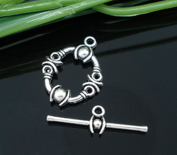 Zinc metal alloy Toggle Clasps Oval Antique Silver Pattern Pattern 21mm x17mm(7/8x5/8)25mm x8mm(1x3/8),6 Sets newZinc metal alloy Toggle Clasps Oval Antique Silver Pattern Pattern 21mm x17mm(7/8x5/8)25mm x8mm(1x3/8),6 Sets new
