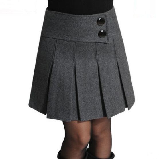 Секси девушки в мини юбках с большими разрезами фото 771-340