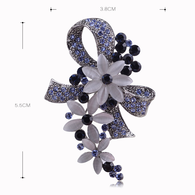 Madrry Pretty Elegant Antique Silver Color Flower Brooches with Opal Full Crystals Broches Scarf Pin Accessories Bouquet Wedding 3