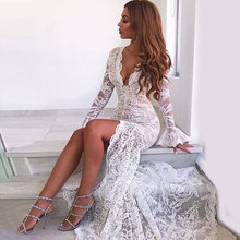 Sexy Vintage Lace Evening Gowns white Sweetheart Deep v-neck evening gown Floor Length Formal Party evening Dress serene hill cactus sweetheart neck vintage dress