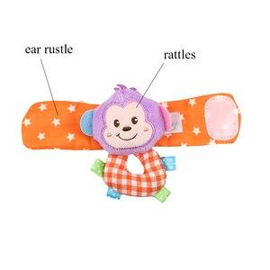 Image 5 - Correia de pulso Chocalhos Meias Animais Brinquedo Novo UM Par 2 pçs/set Handbells Infantil Do Bebê Macio Mão Pé Developmental Brinquedos 0 12Months