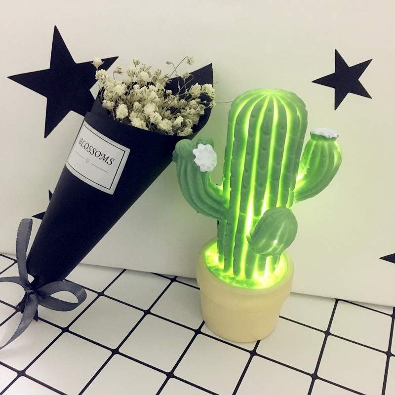 цена LED Table Night Light Cactus Pot Green Plant 3D Desk Lamp Novelty Kids Bedroom Nursery Toy Home Party Decoration Battery Powered