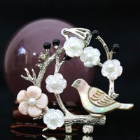 Hot natural top quality abalone bird white mother flower shell 44x47mm pendant silver-color purfle jewelry B1151