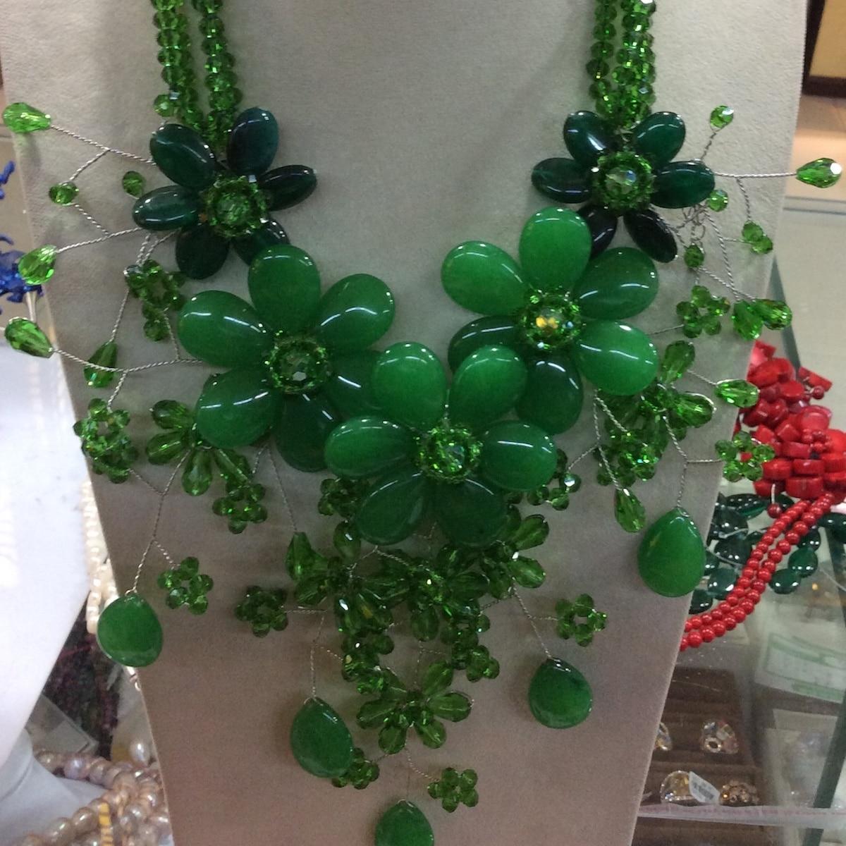2019 Mode Mignon Vert Jades Cristal Fleur Chunky Collier pour les Femmes Cadeau Parti