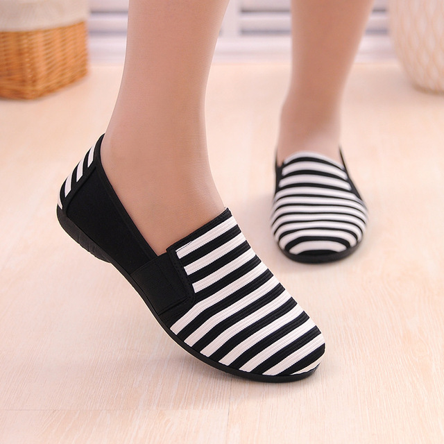 Sapatos Femininos Women Round Toe Slip-on Loafers Female Cute Stripe Cloth Flat Shoes Ladies Casual Soft Shoes Zapatos De Mujer