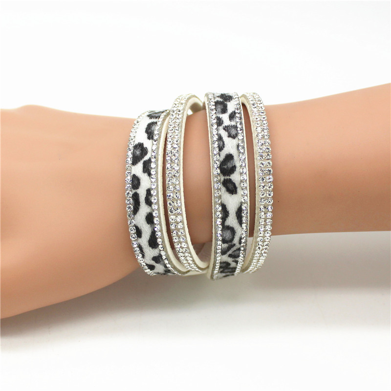 New Arrived Seksikas Leopard Bling Rhinestone Double Wrap käevõru naiste nahast Wrap käevõru randmepael Crystal Charms Chokers