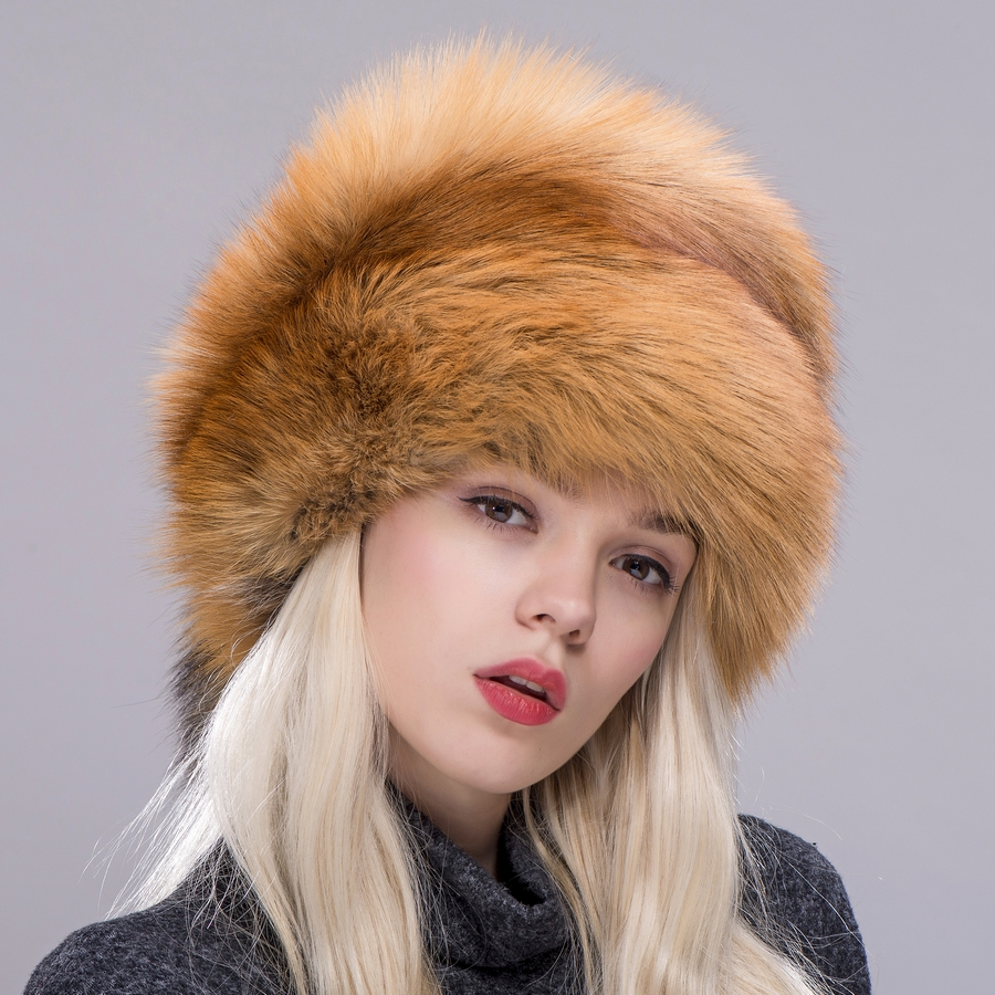 2d14ab75d1ae8 ZDFURS  Women winter fur cap real fox raccoon fur hat with fur tails new  fashion Russian ear protector female brand hat