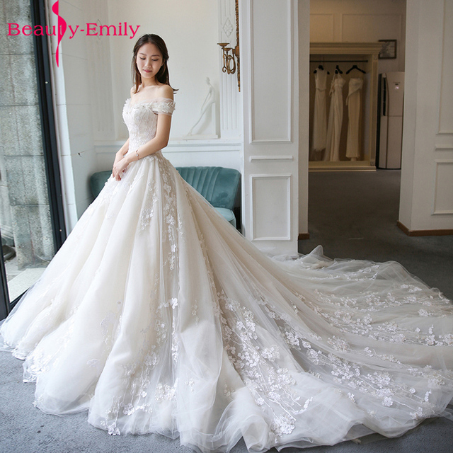 Royal luxury trail spring off shoulder wedding dress appliques royal luxury trail spring off shoulder wedding dress appliques wedding party gowns lace up vestidos junglespirit Image collections