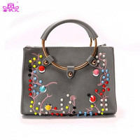 2017 New Fashion Rivets Embroidered Flowers Pu Leather Lady Shoulder Bag Round Handle Handbags Purse Crossbody