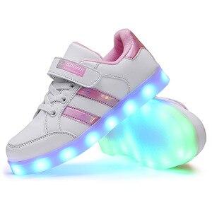 Image 4 - حجم 25 37 متوهجة مضيئة أحذية رياضية LED أحذية للبنين بنات تضيء الأطفال حذاء كاجوال USB تهمة Krasovki مع الخلفية