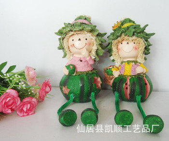 Spot wholesale and retail pastoral resin doll sets of two straw doll hanging feet watermelon JH-12006