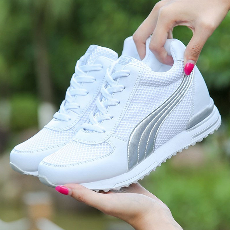 VTOTA New Women Platform Casual Shoes Mesh Breathable Wedges Heels Shoes Height Increasing Women Sneakers White Ladies Sneakers