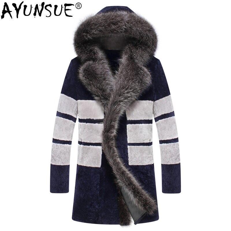 AYUNSUE ovejas Shearling abrigo de piel Real invierno de los hombres chaqueta con capucha grande mapache cuello de piel de los Hombres Calientes de la piel de lujo chaquetas KJ850