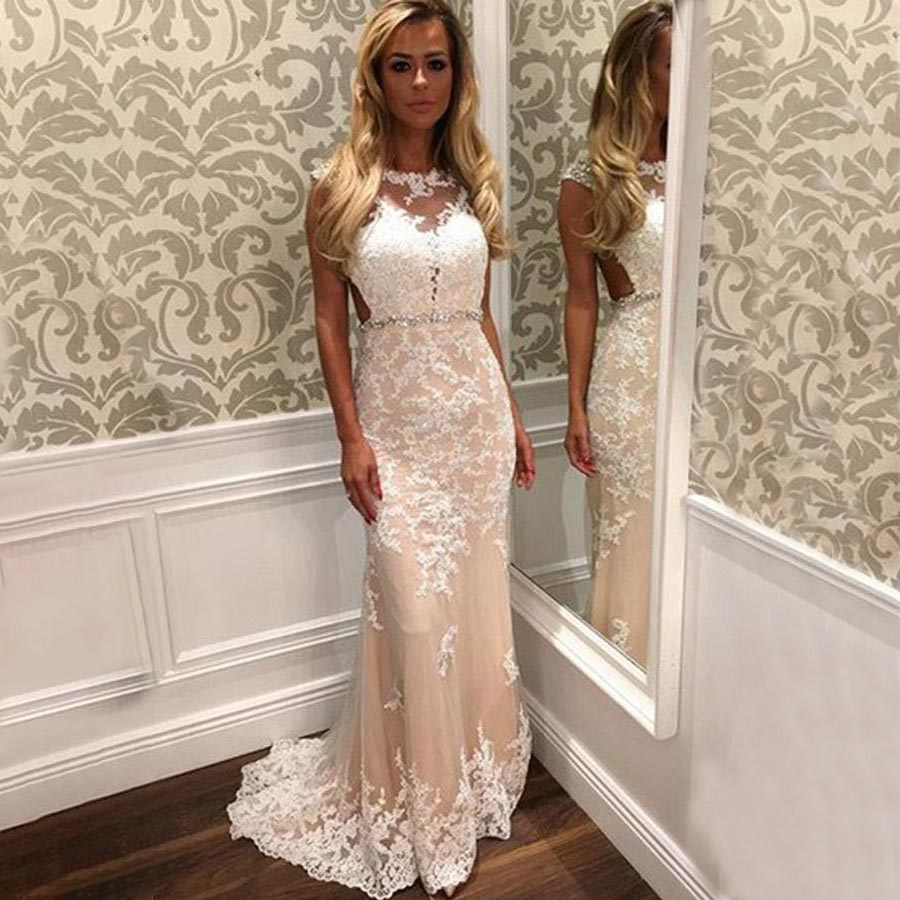 Scoop Long Prom Dresses Sleeveless Applique Illusion Sweep Train Evening Formal Party Dress with Beading Belt