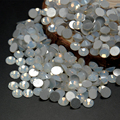 Super Shiny Nail Rhinestones White Opal Color Flat Back Non Hot Fix Glass Rhinestone Manicure Tips For 3D Nail Art