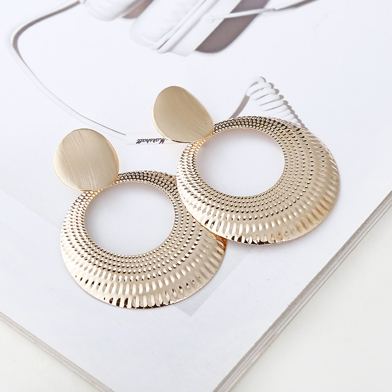 Vintage Bohemian Alloy Oval Earring for Women Water Drop Gold Color Geometric Statement Earring Metal Hanging Fashion Jewelry in Drop Earrings from Jewelry Accessories